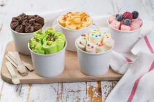 Rolled ice cream in 5 flavors